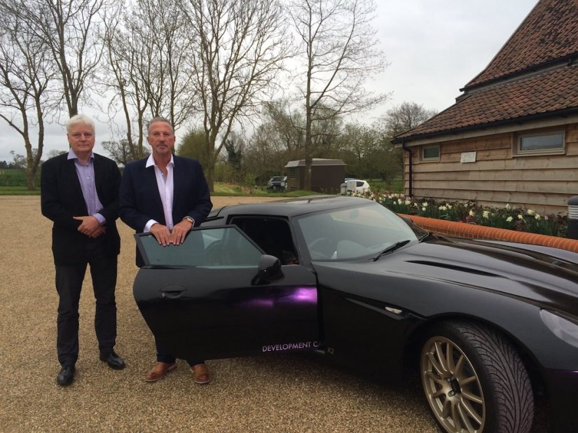Sir Ian Botham meets Iain Sanderson and the Lightning GT